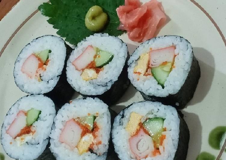 Resep Maki Sushi 🍣 Rolls Bikin Jadi Laper