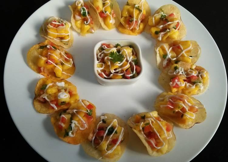 Recipe of Quick Mango Salsa mini tacos 💛