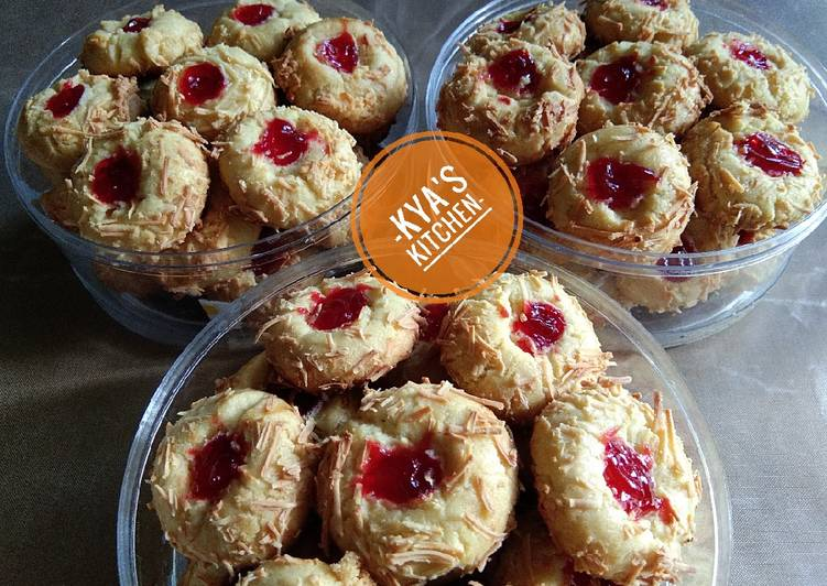 Thumbprint strawberry cheese cookies