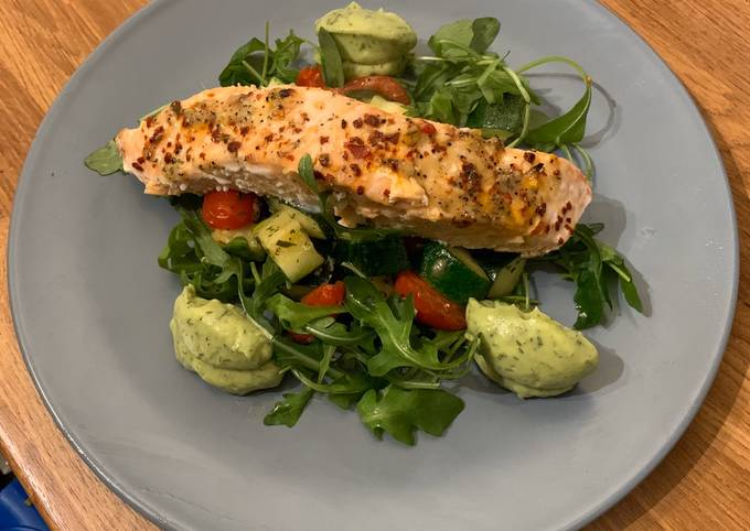 Roasted Salmon  Courgette & Tomatoes  Avocado & Dill purée  Low Carb (Keto Friendly)