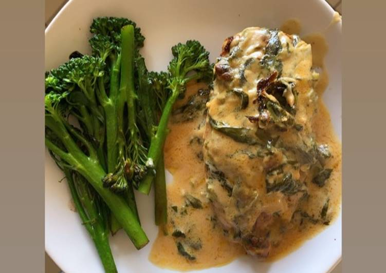 Easiest Way to Make Appetizing Keto Friendly – Chicken in Spinach Cheese sauce Baked