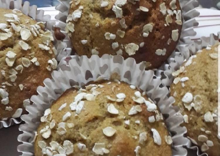 Healthy Oats & Banana Muffins