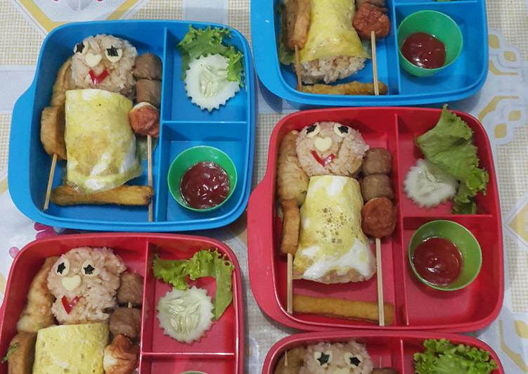 "Panduan Membuat Bekal Anak Bento ""Nasi Goreng Berselimut"" 😍😘 Bikin Ngiler"