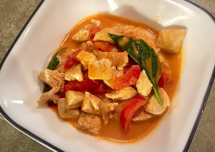 Thai Red Curry With Chicken