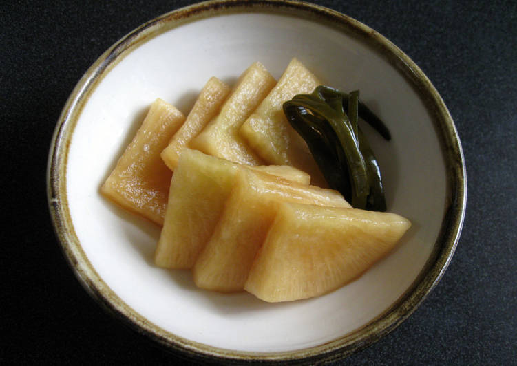 Soy Sauce Pickled Daikon