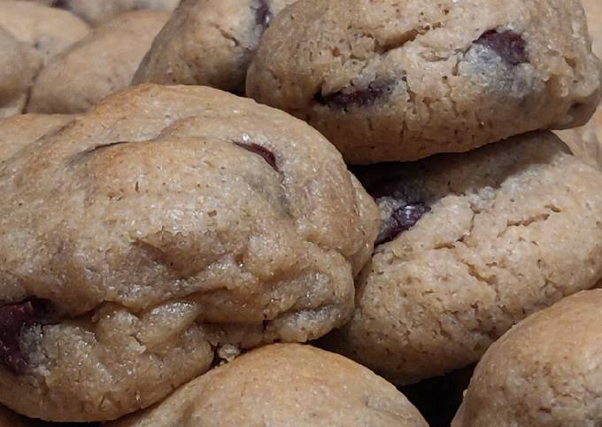 Chocolate Chip Cookie Balls (Sugar Free)