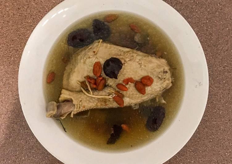 Resep Chinese herbal chicken soup / sup ayam obat Yang Populer Bikin Nagih
