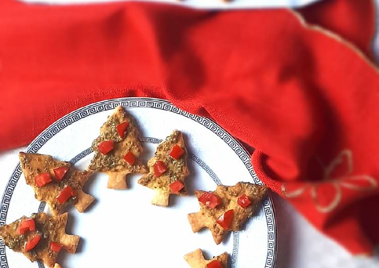 Ricetta Alberelli di frolla salata al pesto e pomodorini