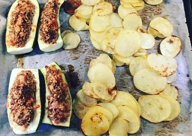 Gefüllte Zucchini aus dem Backofen