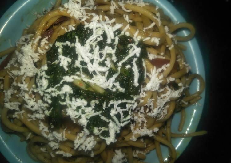Veg noodles/veg chowmein