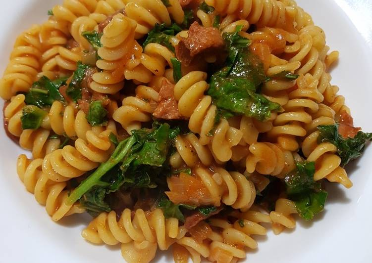 Spicy Smoked Chorizo and Kale Pasta