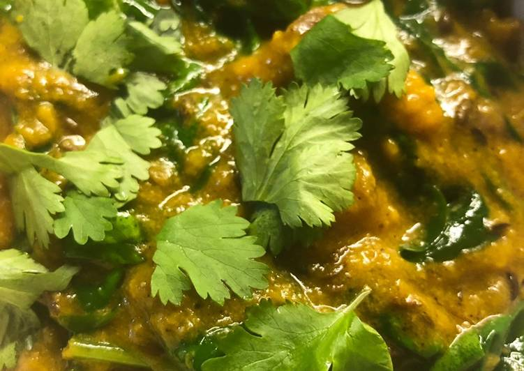 Squash and spinach coconut curry - vegan