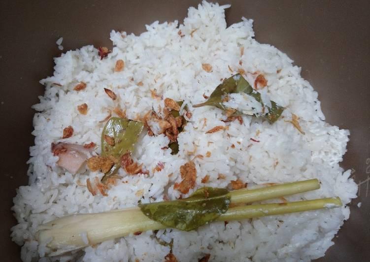 Nasi uduk 3 cup beras - cookandrecipe.com