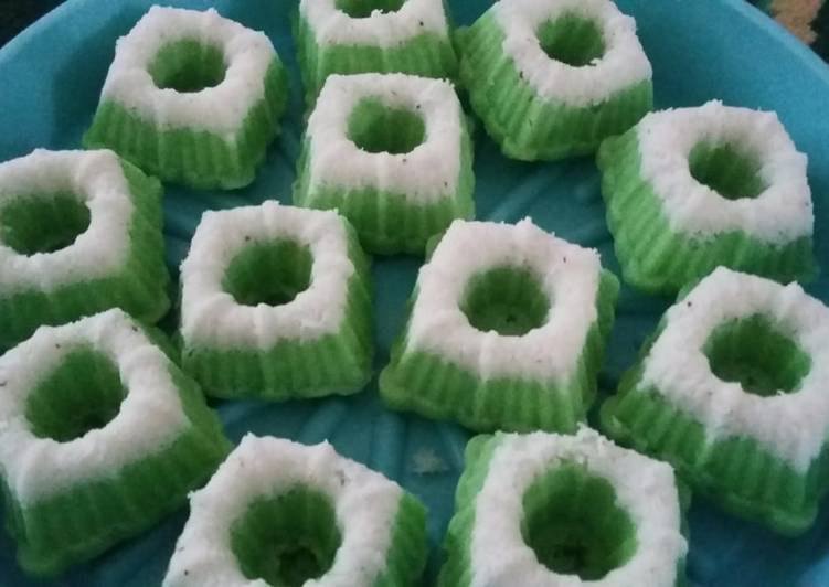 Resep Kue Putu Ayu Empuk Oleh Yanti Yanti Cookpad