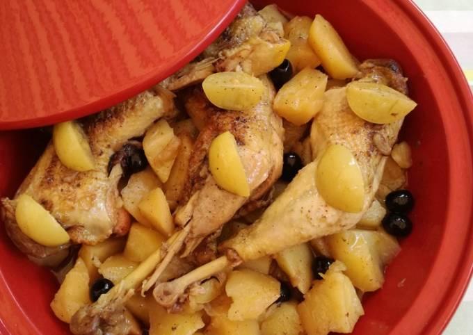Tajine de poulet-pommes de terre-citron confit- olives