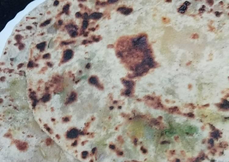 Potato dhaniya parantha