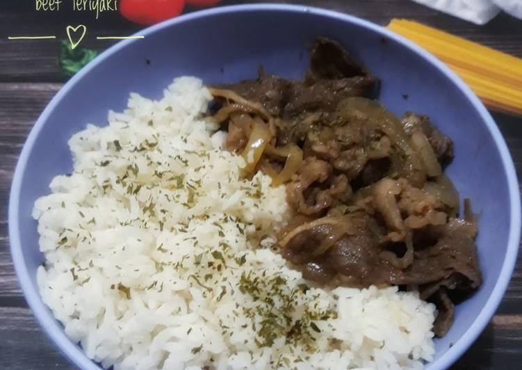 Rice bowl with Beef Teriyaki