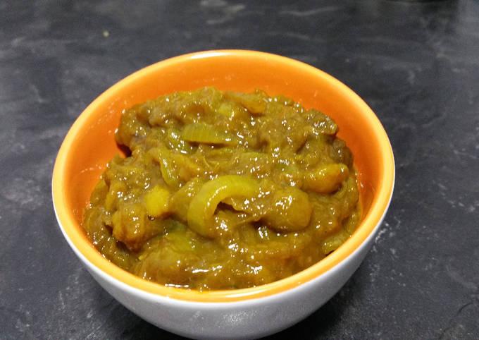 Mango and onion chutney