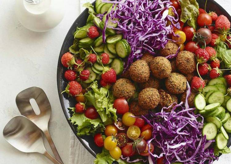 Recipe of Most Popular Falafel Salad