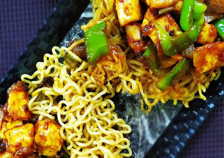Noodles basket with chilli paneer