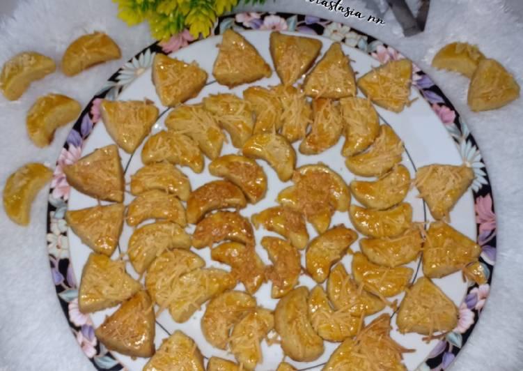 Kastengel Renyah (Kue keju)