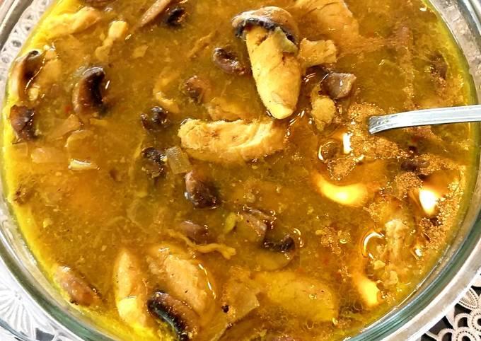 Saffron chicken mushroom stew