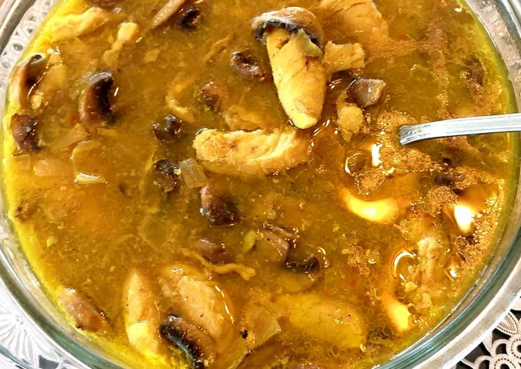 Recipe of Award-winning Saffron chicken mushroom stew