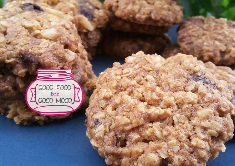 Cookies Oatmeal Kenari Chocochips Super Crunchy