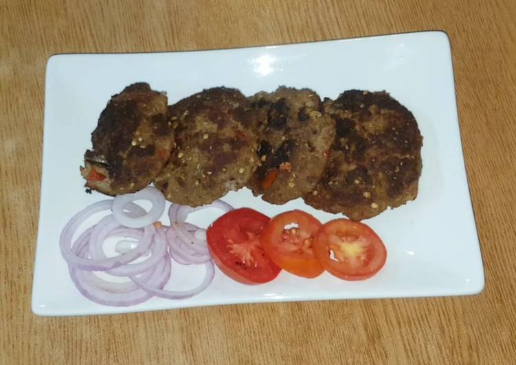 Pishawery chappal kabab - Laurie G Edwards