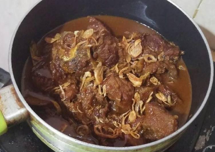 Semur daging sapi