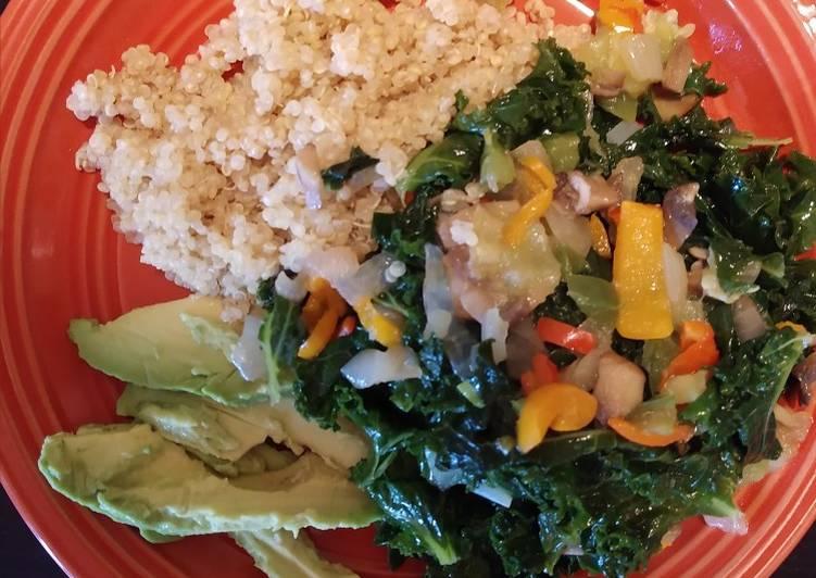 Recipe of Alkaline Sauteed Kale with White Quinoa