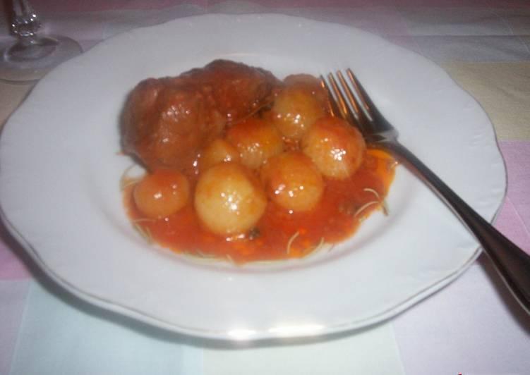 Beef stifado