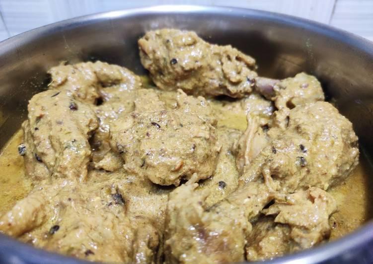 Badami chicken with gravy
