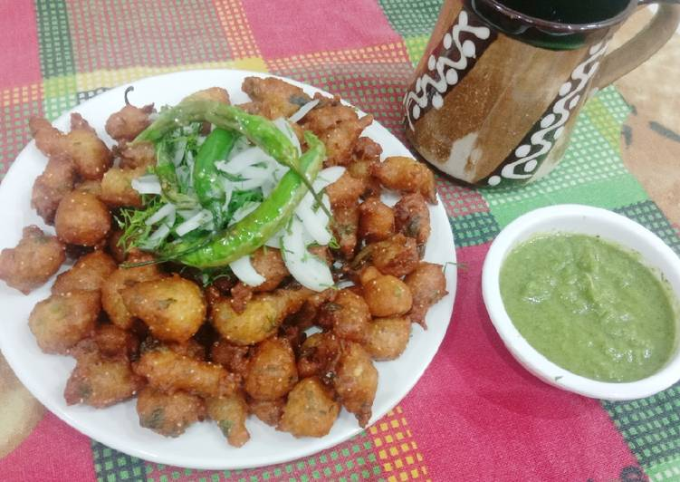Step-by-Step Guide to Prepare Ultimate Moong Dal pakoda