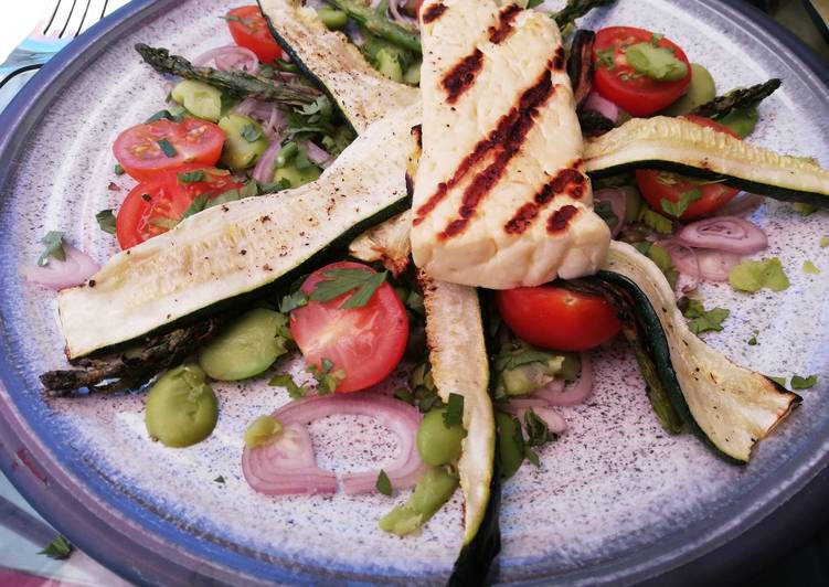 Recipe of Award-winning Warm halloumi salad