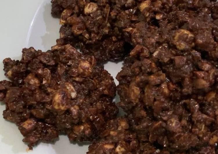 Choco Peanut Ovaltine Cookies