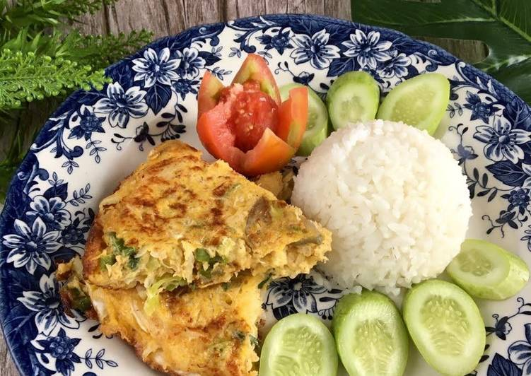 Telur Dadar Padang / Coconut Vegetable Omelet
