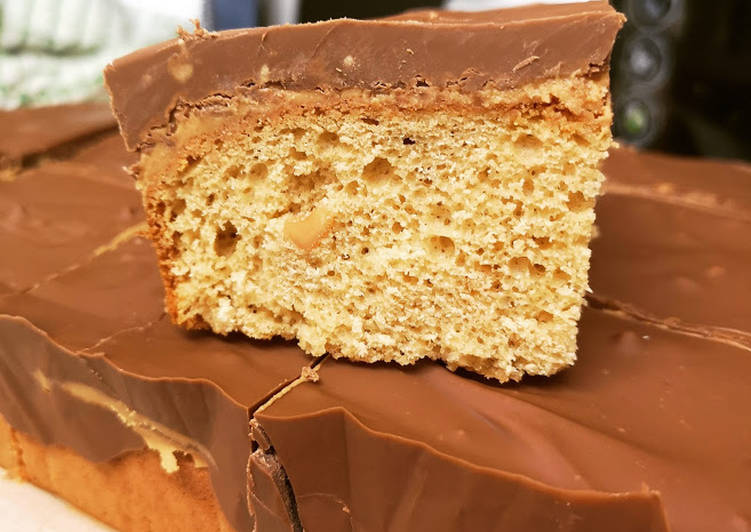 Easiest Way to Prepare Perfect Peanut Butter & Chocolate Tray-Baked Cake