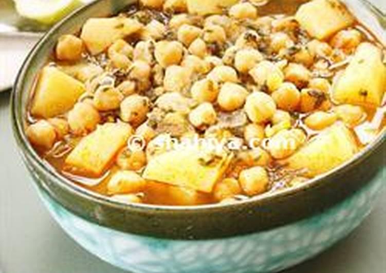 Moroccan Chickpea & Potato Soup