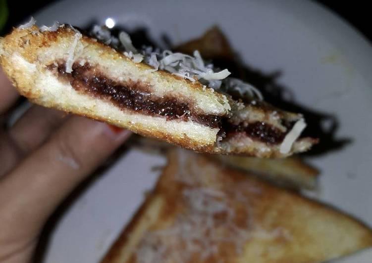 Roti Bakar Cocopandan Cokelat Teflon