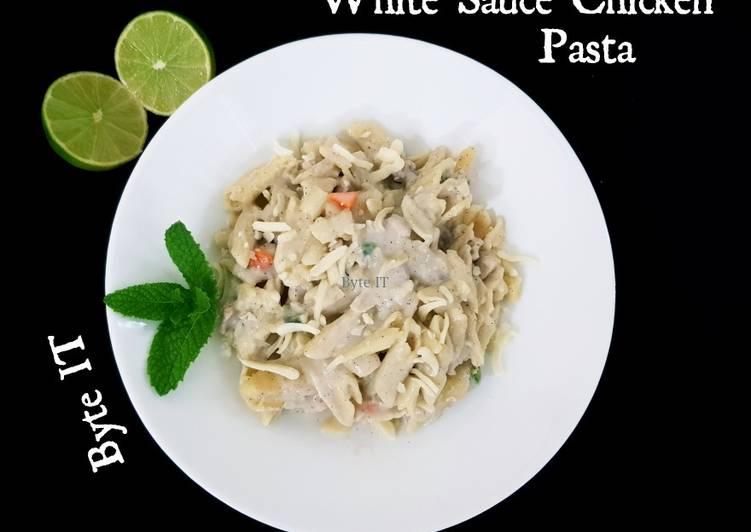 White sauce chicken pasta