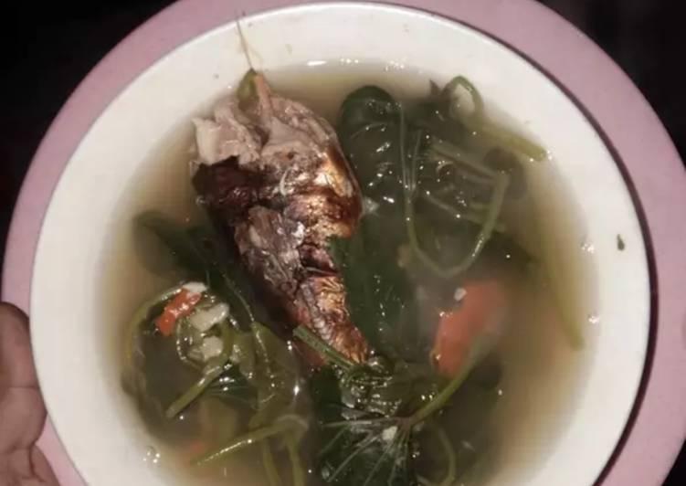 Sayur asam daun ubi ikan asap