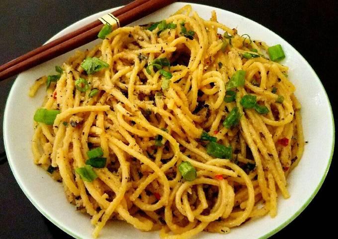 Recipe: Appetizing Mike's Thai Garlic Ginger Noodles