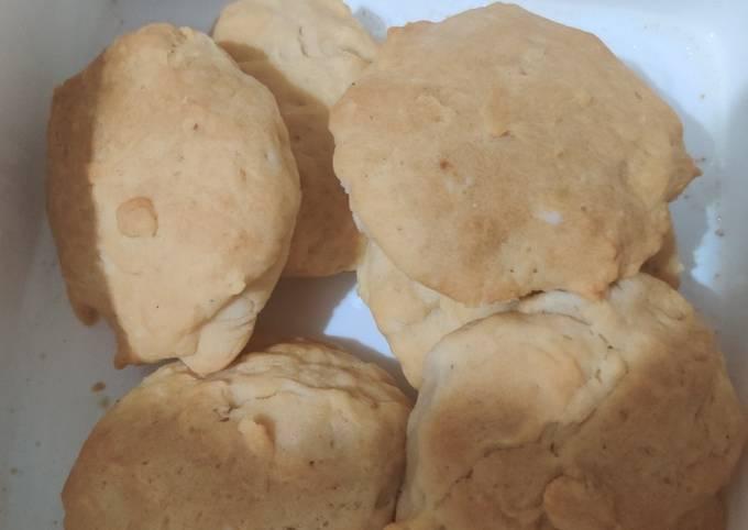 Recipe: Delicious Buttermilk biscuits