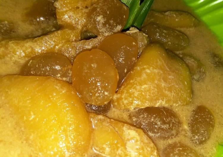 Kolak pisang kolang kaling