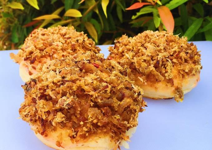 Meat Floss Bun (Roti Tabur Abon)