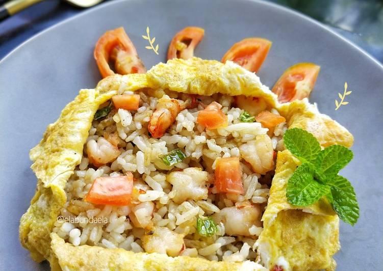 Resep Omurice (nasgor selimut omelet) Terenak