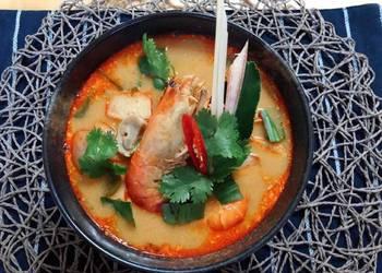 Easiest Way to Make Delicious  Tom Yum Goong Recipe Creamy Tom Yum Soup  Tom Yum Nam Kon ThaiChef Food