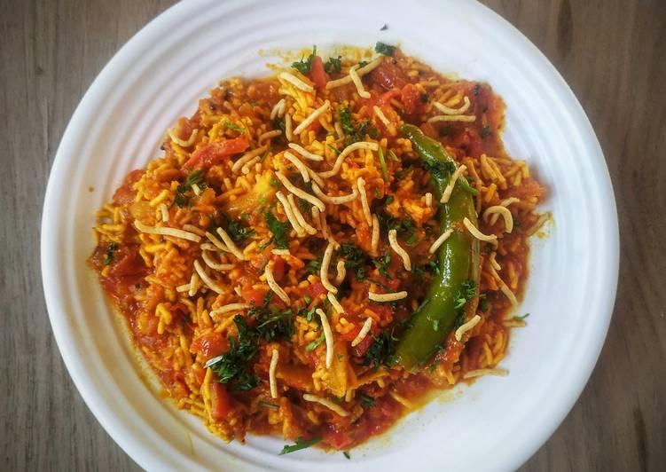 What are some Dinner Ideas Royal Sev tamater ki sabji