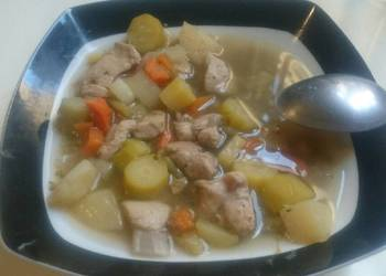 How to Recipe Delicious Vegetables and chicken soup